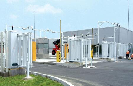 南北德信感恩华晨宝马新发动机工厂选择了我们的无轨